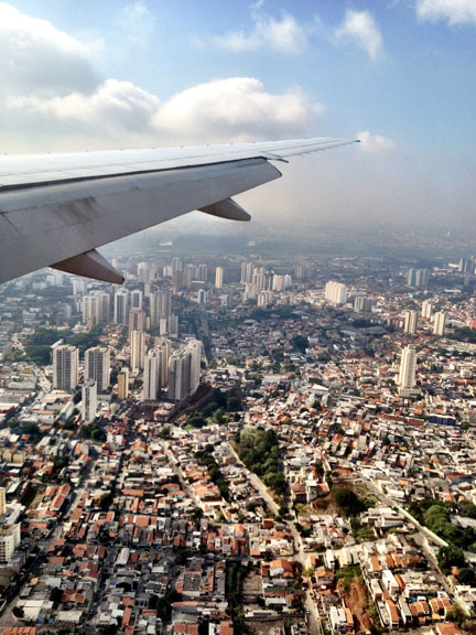 flying-into-sampa.jpg
