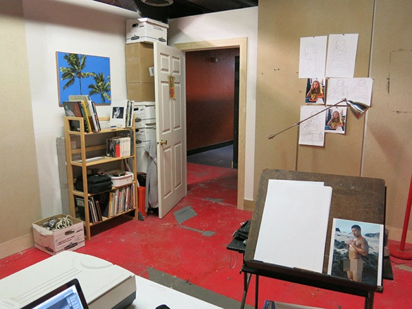 Newstudio toward door
